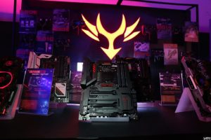 colorful-igame-z270-motherboard_3-840x560